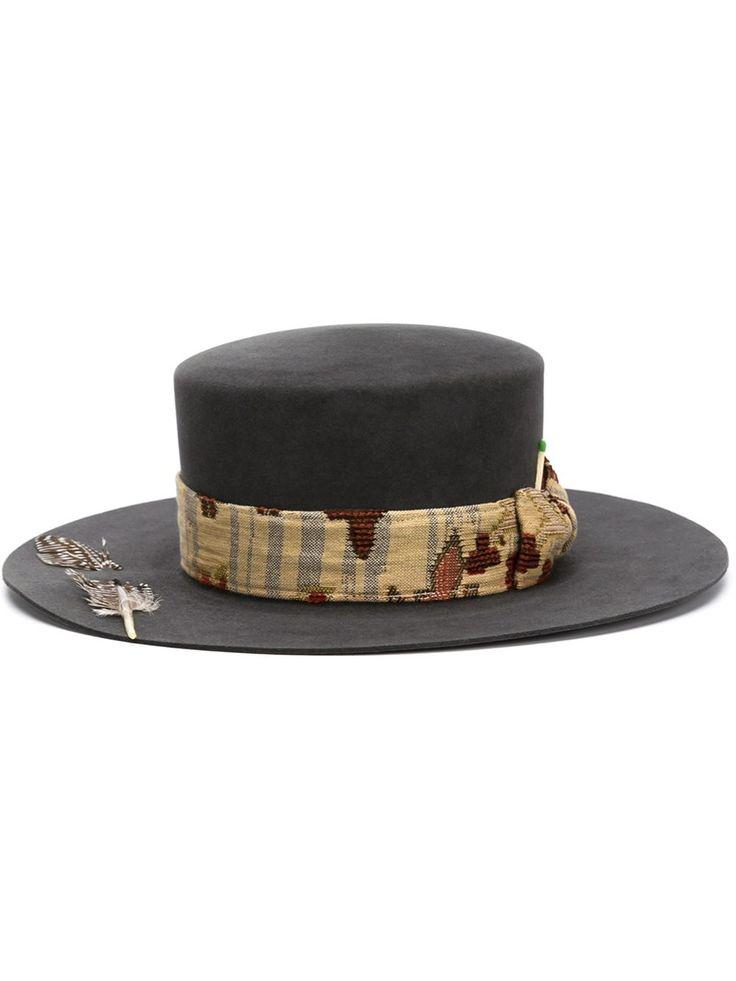 Nick Fouquet sombrero