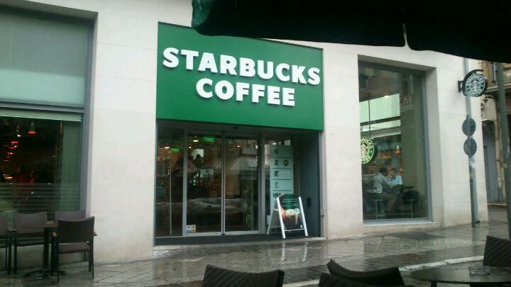 Starbucks - Everybody´s favorite coffee shop has multiple stores in #Athens, always be able to enjoy your high quality coffee