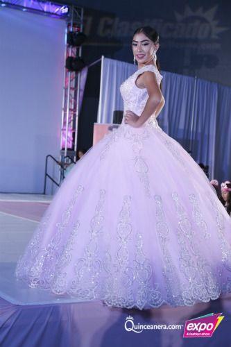 ¡Echa un vistazo a estos espectaculares vestidos de Quinceañera! | Vestidos de Quinceanera |