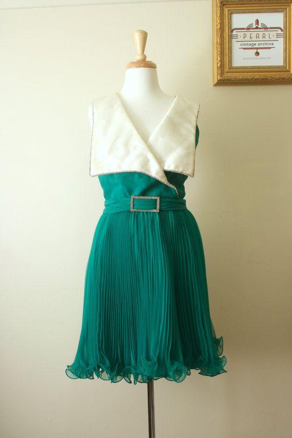 Vintage 1960s Pleated Chiffon Collar Rhinestone by pearlarchive