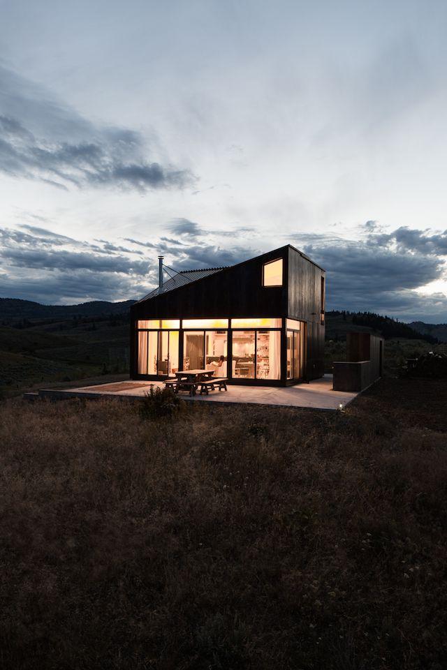 Off-the-Grid Prefab Cabin by Jesse Garlick | iGNANT.de