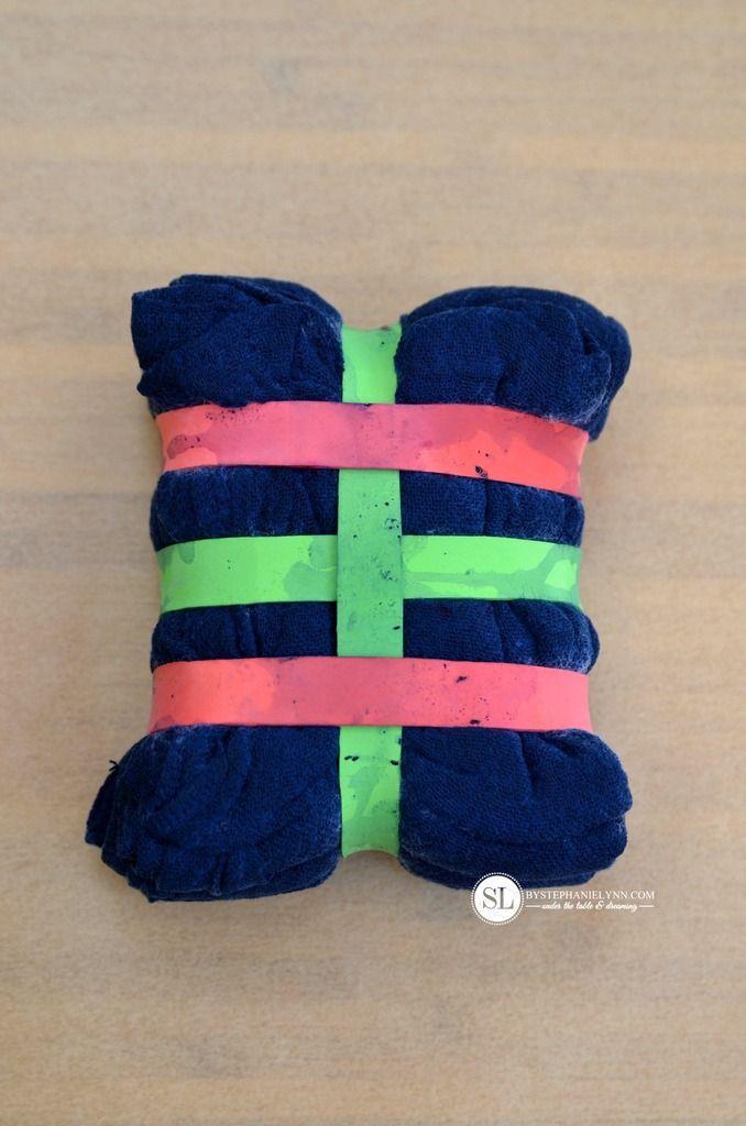 Tons of Folding Tie Dye Techniques #tiedye