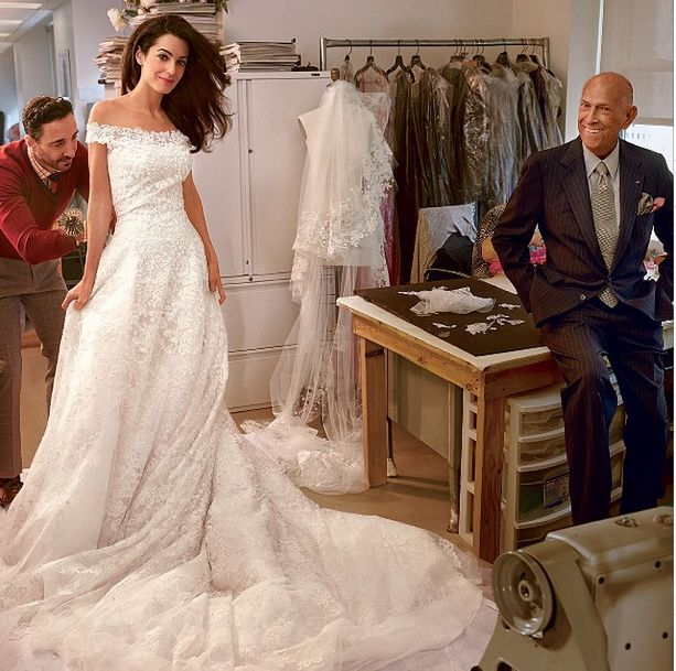 Amal Alamuddin's gorgeous custom Oscar de la Renta wedding dress. // #Wedding