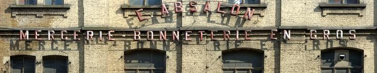 Français : Enseigne de mercerie bonneterie en gros du début du XXème siècle à Bruxelles.