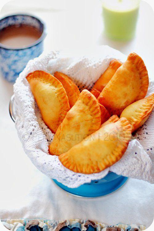 Panada (Manado Tuna Stuffed Bread) @IndonesiaEats