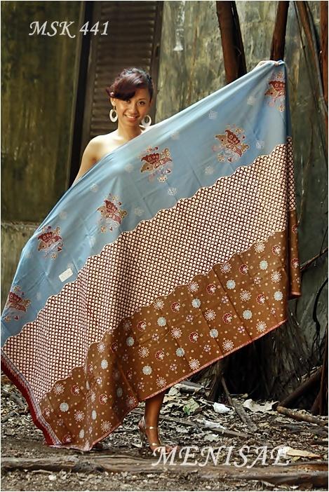 Batik Cirebon/Tulis Kombinasi 115x230 cm/Katun/Biru Muda Rp 195.000,-