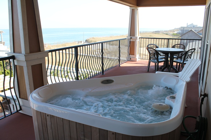 Pin by kim feltrop on favorite places spaces pinterest for Balcony hot tub