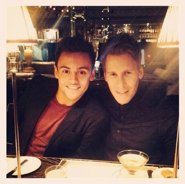 (2) News about Tom Daley on Twitter