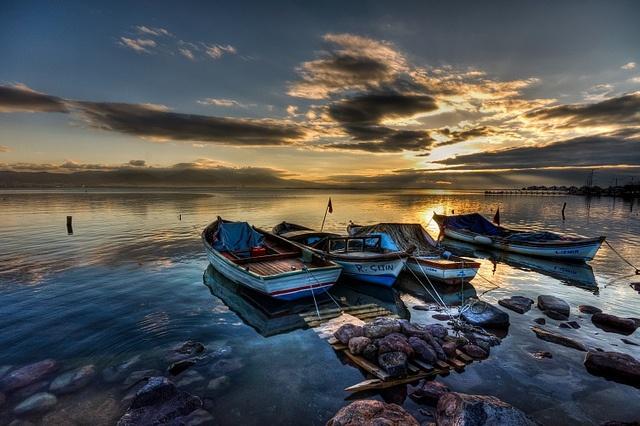 Izmir's Sunset by Nejdet Duzen on flickr