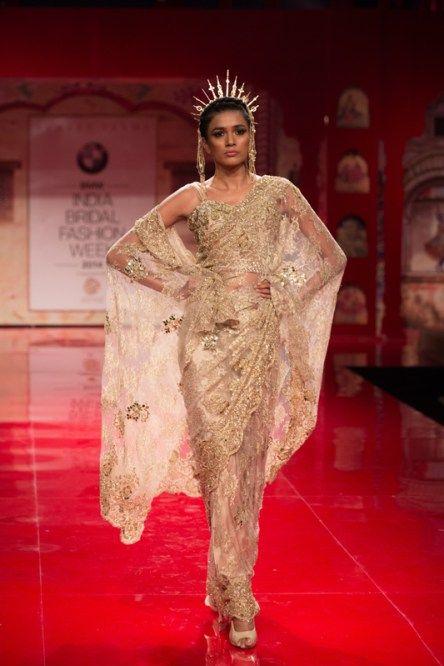 Indian wedding clothes Sunnet_Varma_IBFW14_5_(2)
