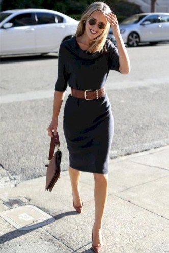 35 Luxury Work Outfits Ideas For The Special Woman