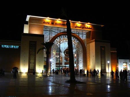 Gara Marrakech, Citeste mai multe: http://www.imperatortravel.ro/2012/11/amintiri-feroviare.html