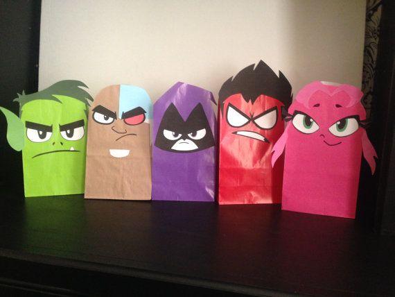 Estas son imprimibles cara Teen Titan-inspirado para regalo sacos. Perfecto para su Teen Titans Go! Fiesta de cumpleaños! Simplemente imprima en