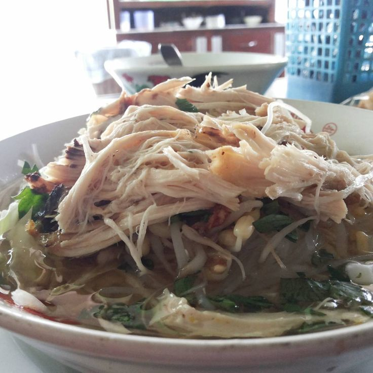 #cheap #lunch, try Soto Simbok. Do you see how much shredded chicken on my picture? Its < 0.5 USD (inc. Water) - Location : North of Perumahan Cando Gebang accross Al-Hidayah mosque Price : Start from 0.5 USD - Rate 1 USD = 14.000 IDR (when posted) #makanmurah #yogyakarta #instafood #foodgram #foodgramyk