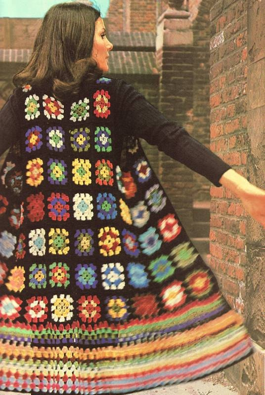 you know what, i just love granny squares. and i would LOVE to wear this. not as a jacket though. as a dress.