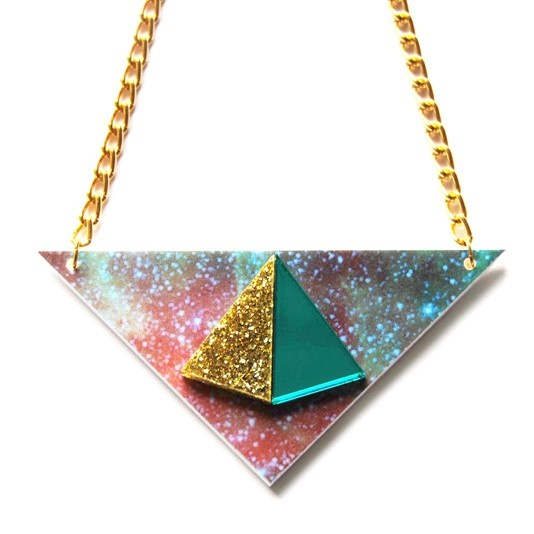 Collier Pyramid – Doré