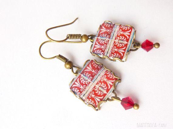 Flor de lis (Rojo), Joyería, Pendientes
