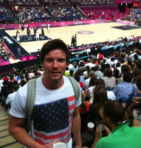 Joe Dempsie rocking the American Flag... yay! GOT, ASoIaF, Game of Thrones