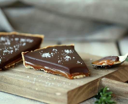 Tarta de chocolate con caramelo salado