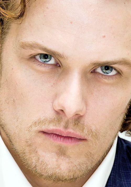 OMG, those eyes...
