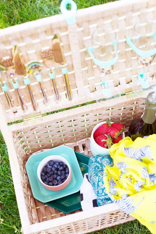 DIY Picnic Basket | Lovely Indeed