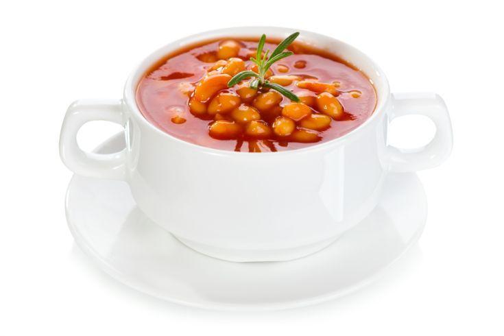 Paradajková polievka s maslovou fazuľou
