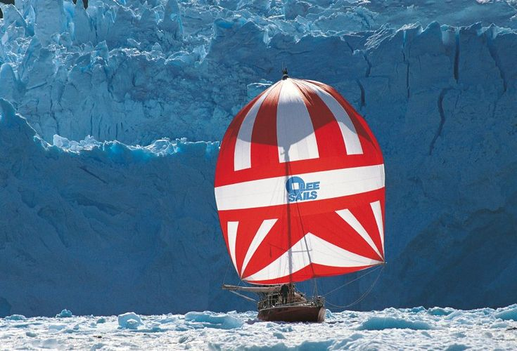 """Die """"Freydis"""" auf dem Weg vom Kap Hoorn in die Antarktis"""
