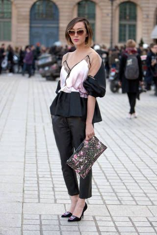 PARIS STREETSTYLE: Ready for a night at The Louvre