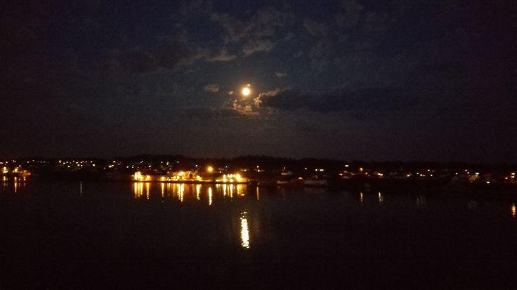 Haugesund by night