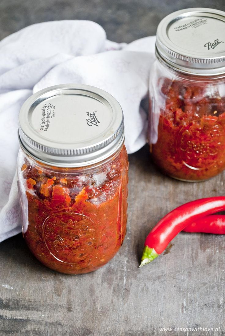 Zelf sambal manis maken - Season with love