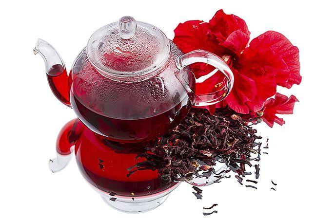 O chá de hibisco é um dos chás para emagrecer mais recomendados, se você estiver procurando um chá que é capaz de emagrecer de verdade o chá de hibisco é sua grande solução. É muito indicado, contém várias propriedades que ajuda a emagrecer sem prejudicar a sua saúde. Além de ajudar a emagrecer o chá de hibisco ajuda a controlar os