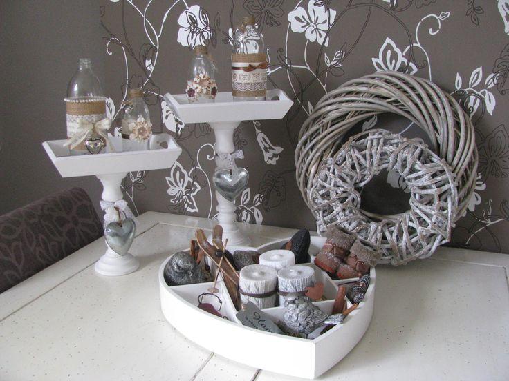 was een super idee, die mini dienblaadjes op kaarsen standaards van de action. ook erg leuk om kado te doen