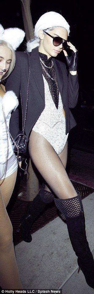 Kendall Jenner looks leggy as models white wig as Karl Lagerfeld for Halloween  | Daily Mail Online