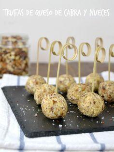 Cuuking! Recetas de cocina: Trufas de queso de cabra y nueces