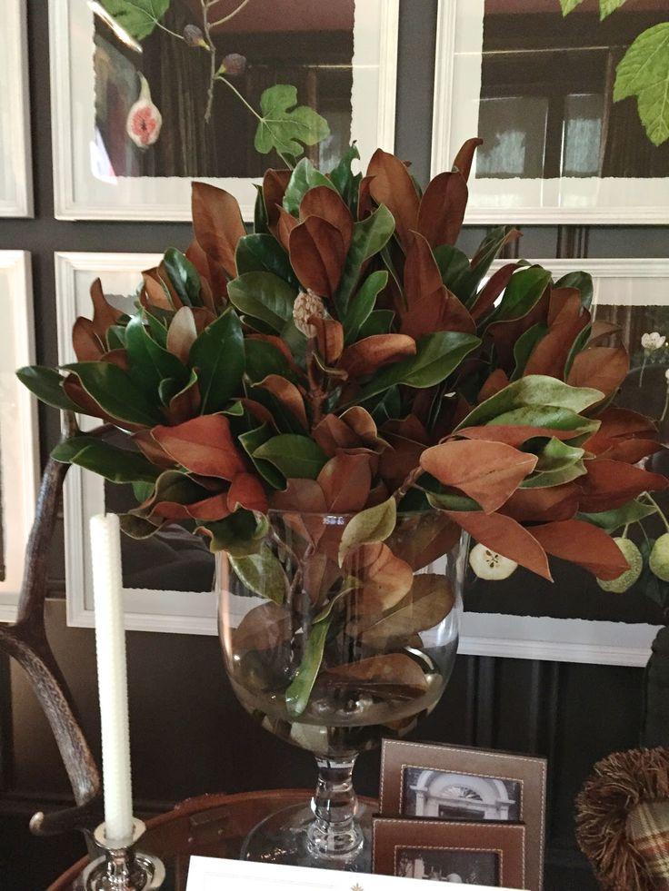 design indulgence: ATLANTA HOLIDAY HOME 2014 magnolia in a glass urn