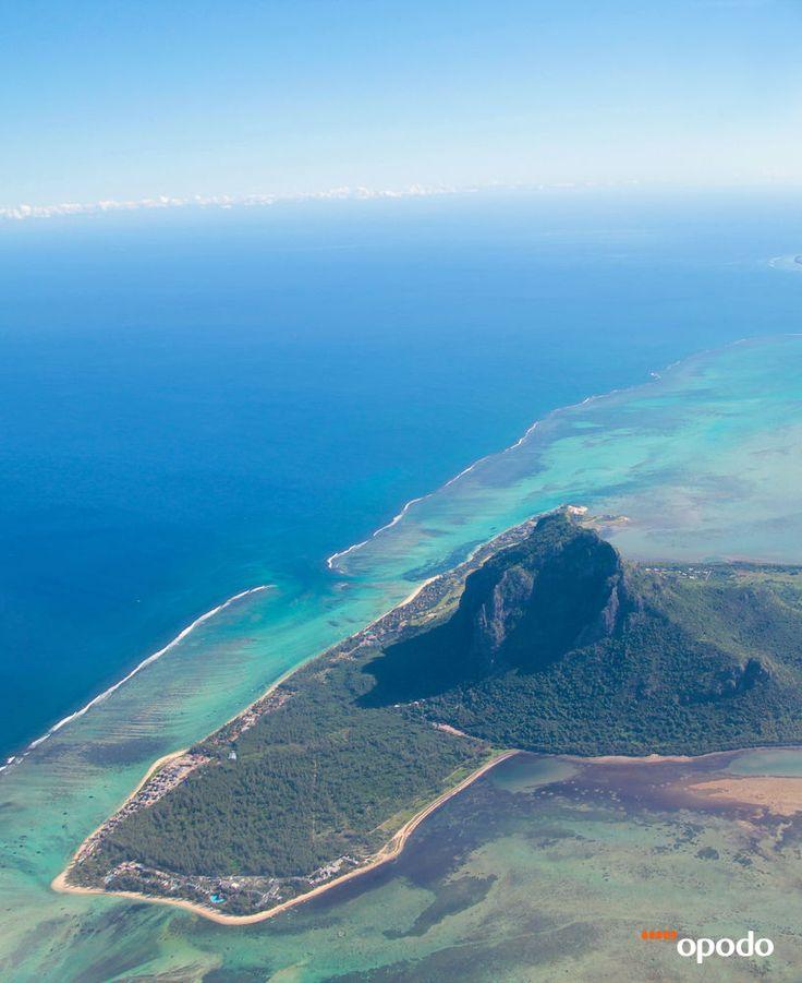 #Mauritius #LeMorneBrabantMountain #Ocean #Island http://opo.do/LRlb