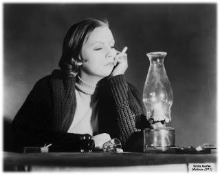 Divina misantropía: Sala de fumadores III