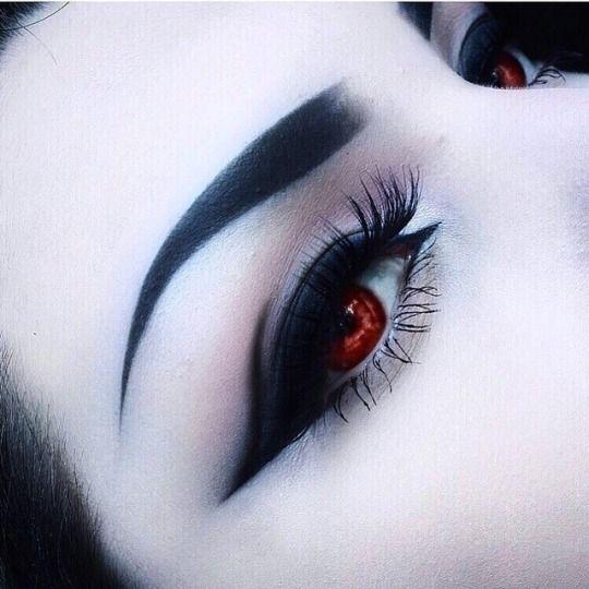 Готические картинки глаз
