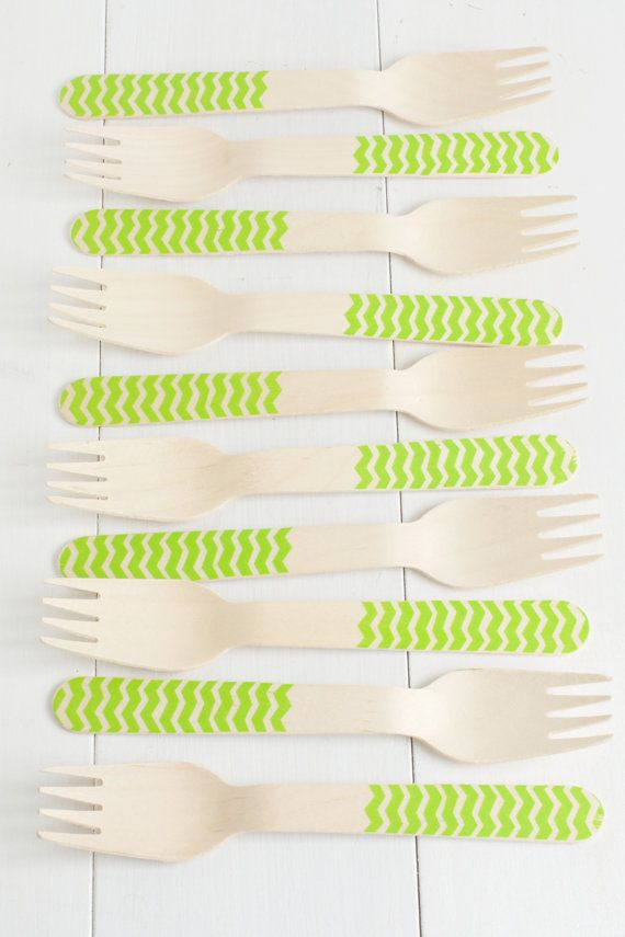 These lime green chevron striped wooden forks and spoons measure 6 and 1/4 long and the knives measure 6 and 1/2 long. They are recommended for one-time use only, but they are a beautiful touch to any special event such as weddings, bridal showers, baby showers, and birthday parties. Convo me if you are interested in a custom order for a specific number of forks, spoons, and/or knives.  Treats bags to wrap up the wooden cutlery (as seen in photo #4) are also available to purch...