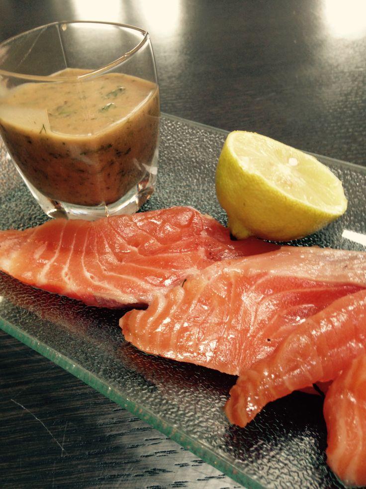 saumon gravlax d apr s une recette de julie andrieu. Black Bedroom Furniture Sets. Home Design Ideas