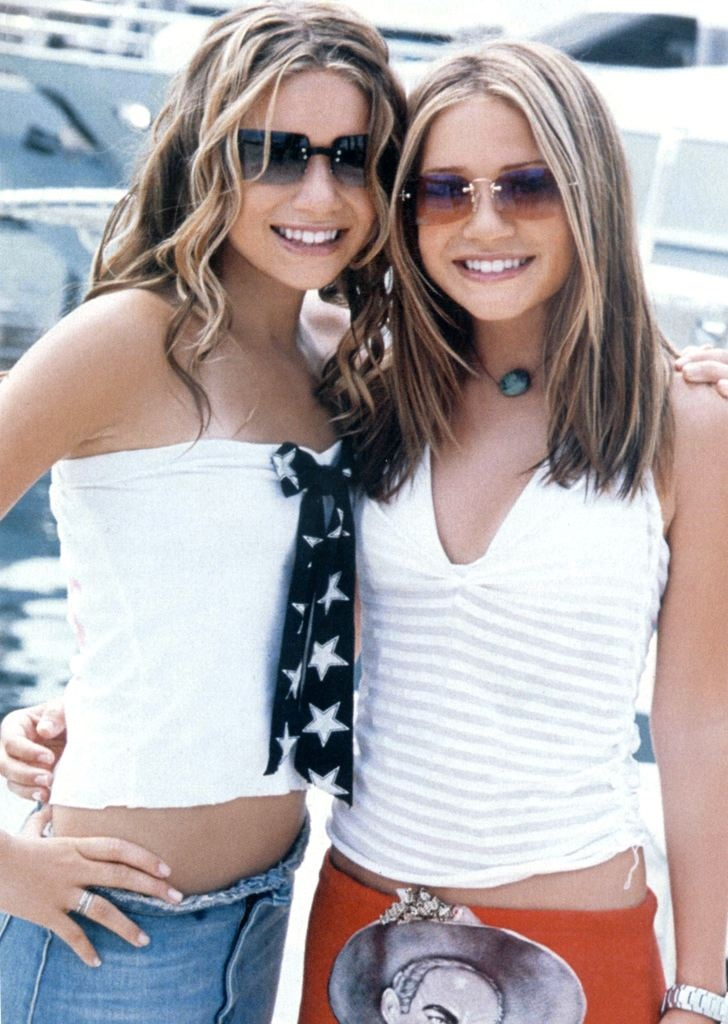 Mary Kate & Ashley in Holiday in the Sun