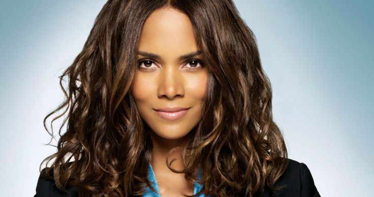 'Kingsman 2' Targets Halle Berry as Head of the CIA -- Halle Berry is in talks to for 20th Century Fox's 'Kingsman 2' alongside Taron Egerton and Julianne Moore. -- http://movieweb.com/kingsman-2-cast-halle-berry/