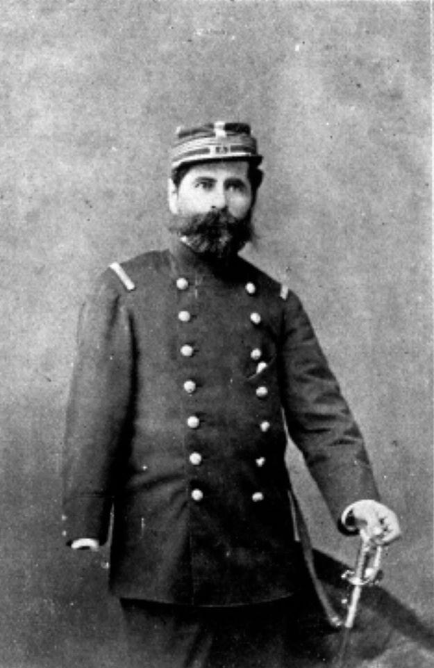 Capitán Cruz Daniel Ramírez  Participó en el bombardeo de Antofagasta, la toma de Pisagua y la batalla de Dolores, donde fue herido gravemente perdiendo la mano y parte del brazo derecho. A pesar de ello, siguió participando durante la campaña de Lima.