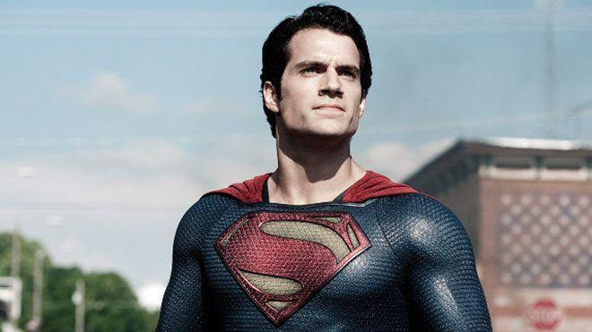 Superman'in yeni maceralarını beyaz perdeye taşıyacak olan Man of Steel 2 için çalışmaların ufak ufak başladığını sizlere geçtiğimiz yıl duyurmuştuk. Şimdi Warner Bros.'un bu yapım için yönetmen arayışına giriştiği ortaya çıktı. Üstelik bu sefer oldukça başarılı bir isim olanMatthew...  #Anılıyor, #İçin, #Ismi, #Matthew, #Steel, #Vaughn'In http://havari.co/man-of-steel-2-icin-matthew-vaughnin-ismi-aniliyor/