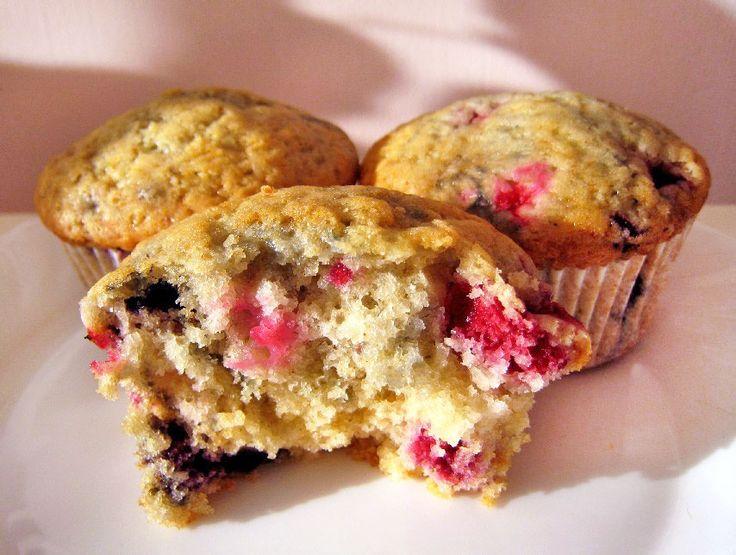 Super jednoduché vanilkové muffiny s lesními plody | Veganotic