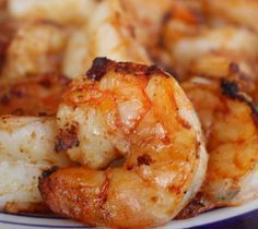 In small bowl combine together melted butter with garlic and lemon juice. Set aside. Preheat turbo oven at 400°F(205°C) Brush shrimp with butter mixture. Arrange on top wire rack. Grill shrimp for 10-15 minutes. Serve oven grilled shrimp with a bed of lemon flavored rice.