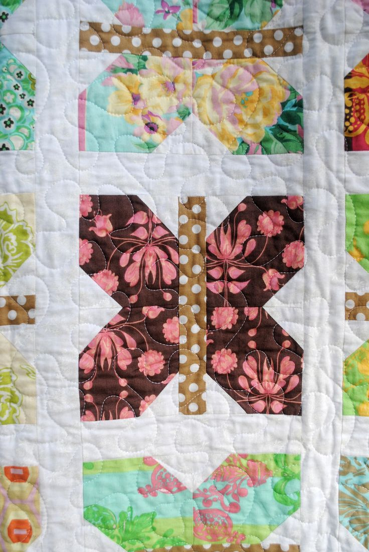 Detail of butterfly quilt for my sister. You can find the pattern at: http://www.craftsy.com/project/view/painted-ladies/124411?ext=pin-share  I did it a little bit differently