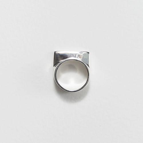 Jessie Harris Single Sill Ring
