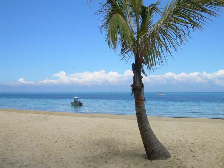 Tangalooma Beach = Paradise