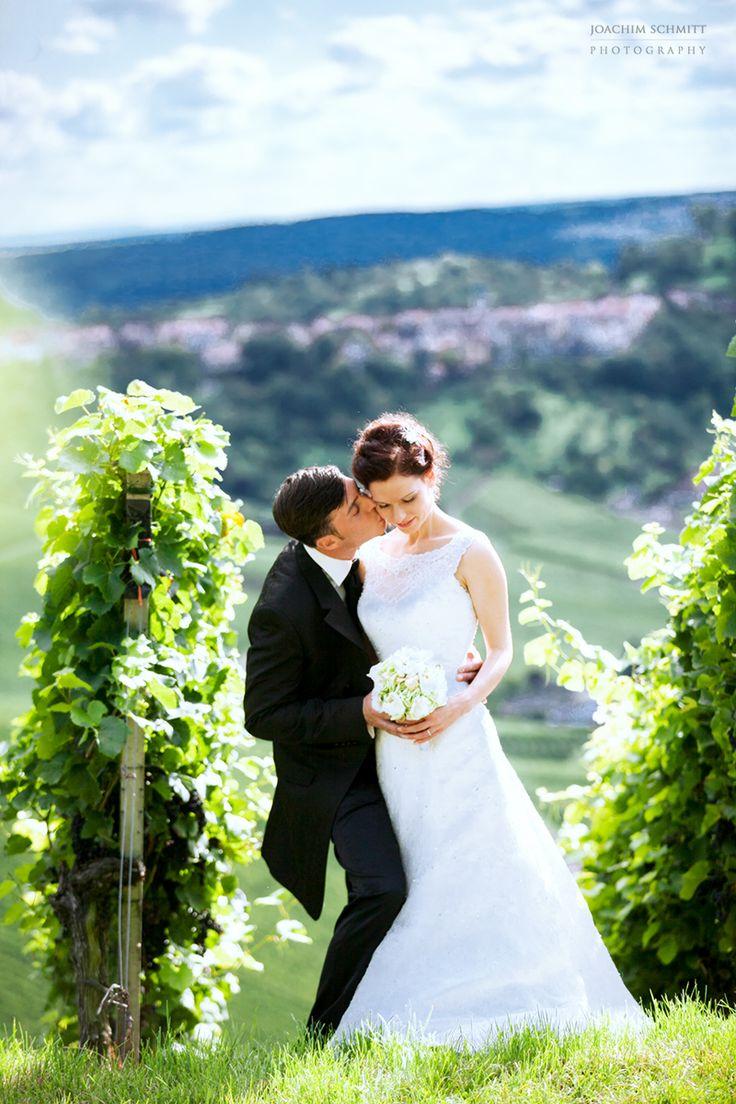 www.joachimschmit... * Wedding * Brautpaar * Hochzeitsfotograf * Schaukel * Fotoshooting * Hochzeitsfotografie * Hochzeitsfotograf Stuttgart * Hochzeitsfotograf Freiburg *